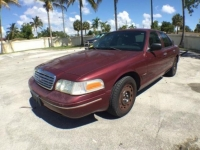 2005 Red Crown Victoria